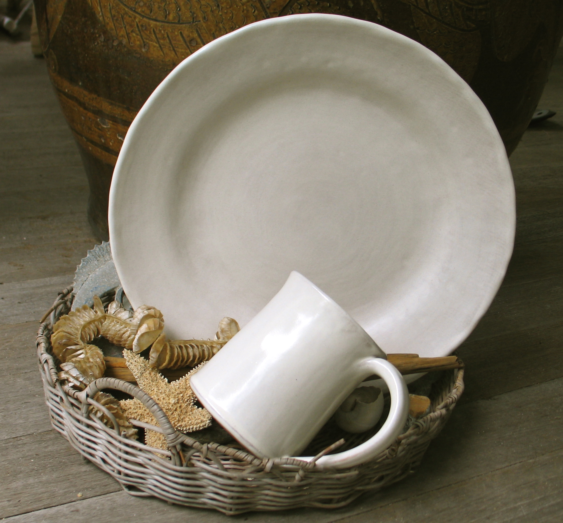 New dinnerware for 2015. Food looks beautiful on these. & Dinnerware | Susan Ross Pottery